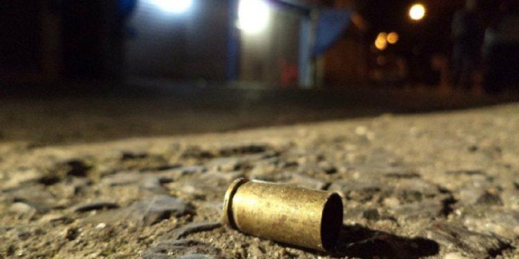 Homem é morto a tiros em bar de Juazeiro do Norte