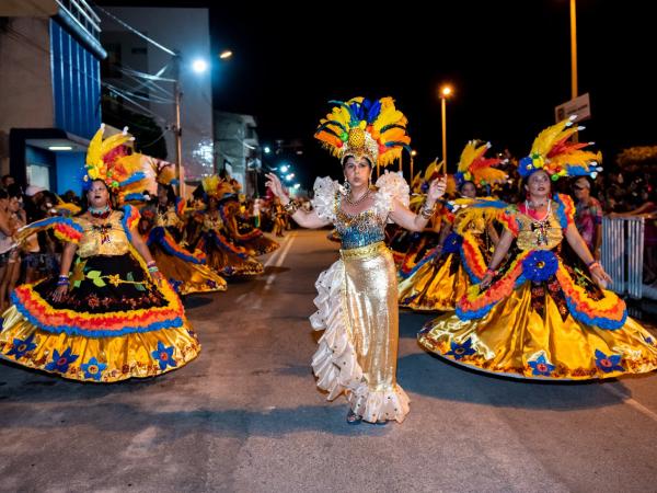 Escola de samba Unidos do Roçado de Dentro mantém tradição de 56 anos em Várzea Alegre