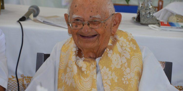 Monsenhor Ágio Moreira morre aos 101 anos em Crato