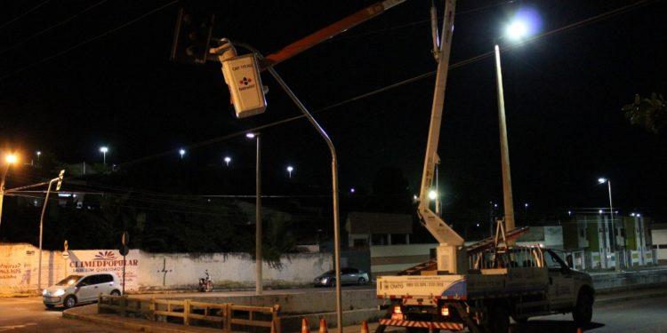 Novos semáforos são implantados em Crato