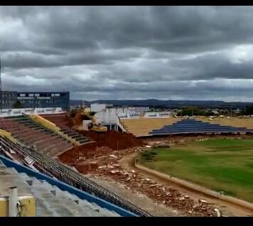 Dois anos depois do anúncio, começa reforma do estádio Romeirão