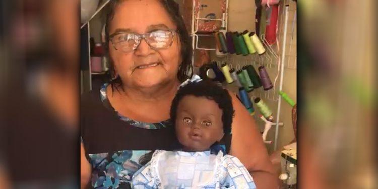 Conheça Dona Dalvani, a 'médica' das bonecas; 'Não há fita métrica que meça minha felicidade'