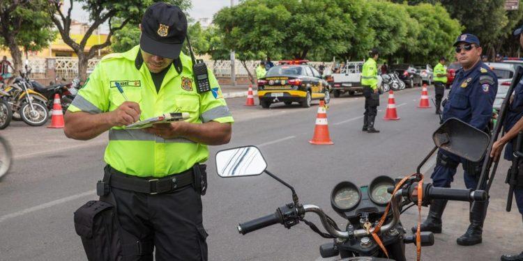 Demutran aplica desconto de 60% em multas aplicadas em Juazeiro; saiba prazo