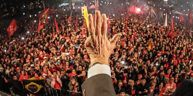 Atrações locais são confirmadas para o Festival Lula Livre neste domingo (8); confira programação