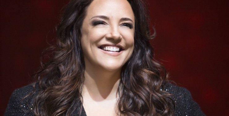 Ana Carolina se apresenta em Juazeiro do Norte; show acontece em março