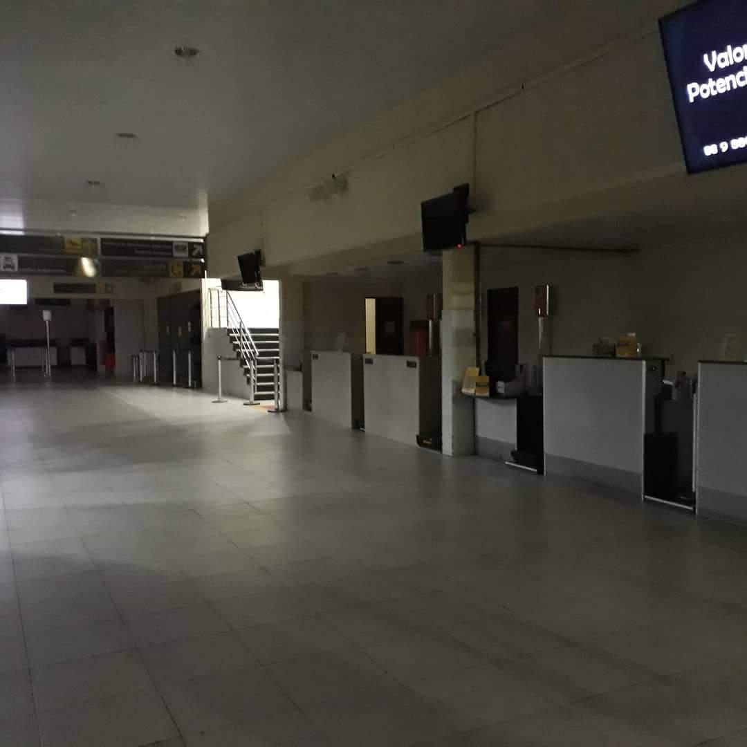 Saguão do Aeroporto de Juazeiro fica completamente vazio em meio a pandemia do Covid-19