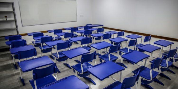 Projeto obriga redução do preço da mensalidade nas escolas durante quarentena