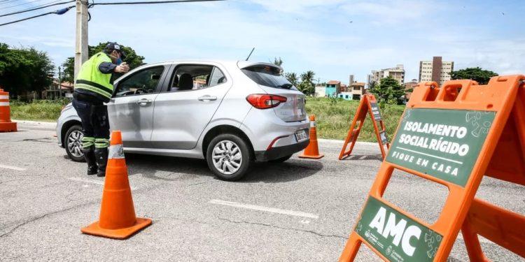 Novo decreto permite a circulação de advogados e encontros com presos no Ceará