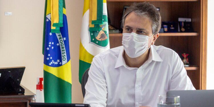Plano de Retomada da Economia pode ser interrompido, se não houver ajuda da população, alertou Camilo Santana
