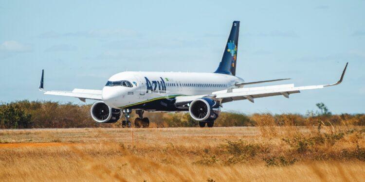 Juazeiro volta a ter oferta de voos para Fortaleza pela Azul; passagens já estão à venda