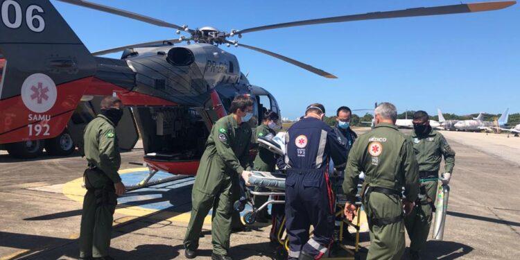 No Cariri, criança se engasga com caroço de seriguela e é transferida de helicóptero para Fortaleza