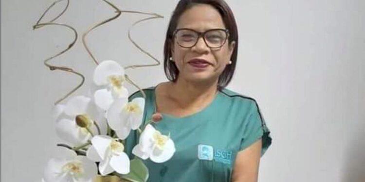 Enfermeira do HRC vítima da Covid-19 recebe homenagens dos profissionais de saúde; assista