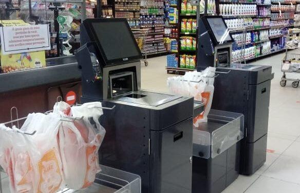 Supermercado implementa primeiro caixa para autopagamento do Cariri