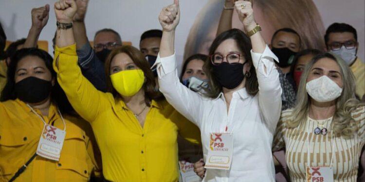 Ana Paula Cruz fala de trajetória familiar na política e única chapa feminina para a Prefeitura de Juazeiro do Norte